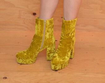 Vintage 90's Yellow Velvet High Heel Platforms Booties SZ 9