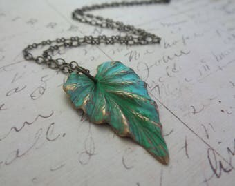 Tropical Necklace, Green Leaf Necklace, Tropical Jewelry, Leaf Necklace, Botanical Jewelry, Summer Outdoors, Summer Party, Summer Necklace