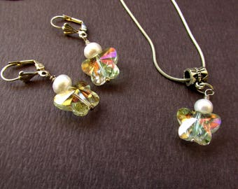 Pearls and crystals, sparkly butterfly, jewelry set, pendant necklace, drop dangle earrings