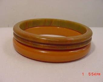 2 Vintage Bakelite Bangle Bracelets 18 - 15