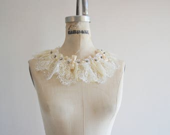 White Two Layers Lace BIB Choker Collar/Romantic Necklace with Bowknot/ Swarovski Pearls Peter Pan Collar