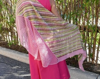 Mad Tea Party Shawl, Asymmetrical triangular