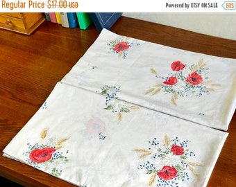 SALE Vintage 2 KING pillowcases remix bed sheets bedding retro linens fabric floral made in USA