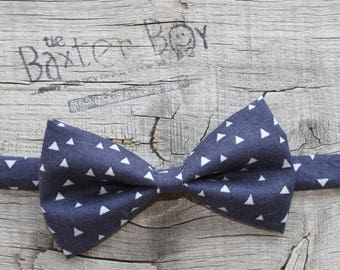 Navy with Grey Triangles, bow tie for little boys - photo prop, ring bearer, wedding