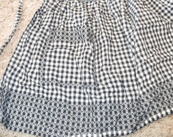 Vintage Black Gingham Checked Apron