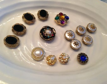 15 vintage button covers - assorted colours