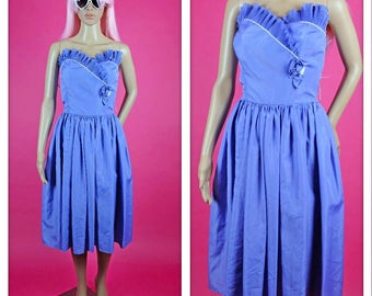 Vintage 1980s Strapless Ruffles and Rose Sweetheart Purple Party Dress