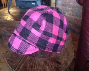 Cap- size 2-4y- Hot Pink and Black