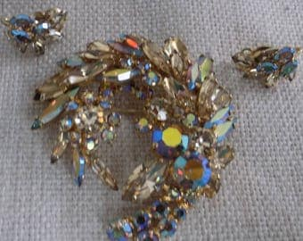 Vintage jewelry set,Sherman set, Sherman brooch and clip-on earrings,demi-parure,Aurura borealis jewelry, collectible jewelry,jewellery