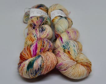 Silky Singles - Dandiya