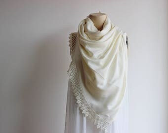 Ivory Pashmina  Shawl - Wedding Shawl- Bridesmaid Gift-Crochet Bridal Shawl