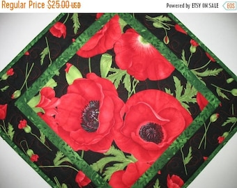 Sale Christmas in July Floral Table Topper, Poppies, Wall Hanging, handmade, quilted table topper