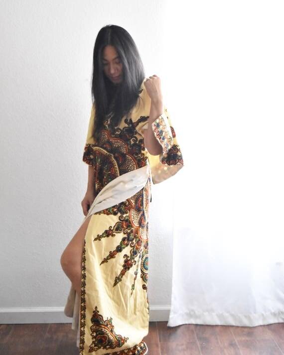 vintage dashiki style middle easttern wrap dress / yellow tribal
