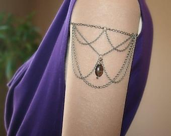 Arm with smoky quartz, bronze (m17b c1et2) bracelet