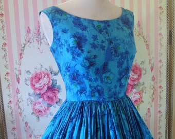 Pretty Vintage 1950s Blue Floral Print Day Dress by Victor Josselyn S Small 26 27 Waist