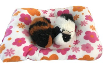 Pink flowers guinea pig pillow bed, Guinea pig bed, small pet bed