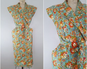 Vintage 1940s Dress/ Green Floral / Garden Party Dress / Medium