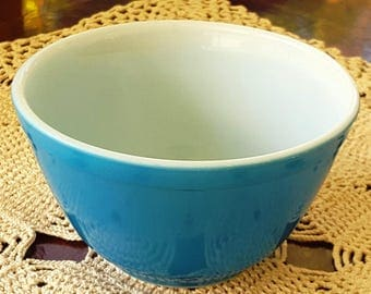 Vintage Pyrex Primary Blue #401 1 1/2 Pt. Nesting/Stacking Mixing Bowl for Set