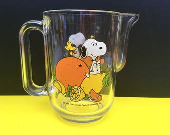 Vintage 70s 80s Snoopy Glass Pitcher