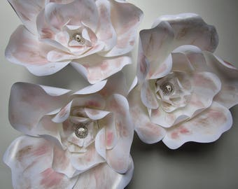 Blush wedding decoration, Set of 3, White paper flowers for table decoration, wedding decor, flower place cards, wall flower backdrop