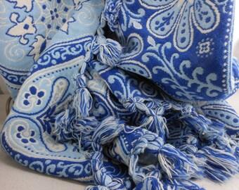 Jacquard Bedspread Coverlet Blue White Wool Heavy Needlepoint Weave