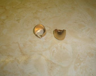 vintage clip on earrings goldtone hoops sarah coventry
