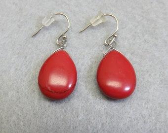 Red Jasper Simple Teardrop Pierced Earrings, Vintage Pierced Earrings