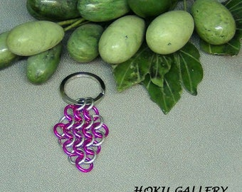 """Chainmaille Keychain, Pink and Shiny Aluminum Rings - Silver Tone Flat Split Keychain Ring - 2 3/4"""" - Hand Crafted Artisan Jewelry"""