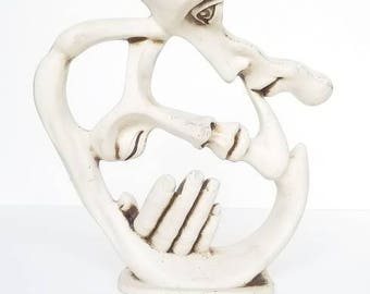 White Modern Abstract Man Caressing Woman Sculpture Couples Statue Figure Decorative Accents Home Decor Statues