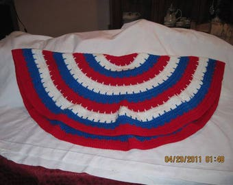 Circle of Love Laptop Blanket - Red,White and Blue 1