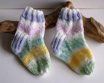 Baby girls pastel multicoloured  hand knitted self patterning socks. 9 to 18 months. UK 3  EU 19  US 3.5