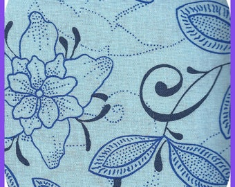 Shades of Blue FAT QUARTER FQ Cotton Fabric Flowers 18 x 21 Inch