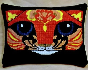 Vintage Needlepoint Kit Nappy Cat Decorator Needlepoint Pillow Kit or Wall Hanging Valley Handcrafters FREE SHIPPING NOS