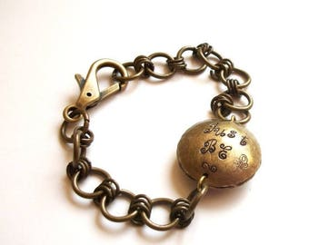 CLEARANCE SALE Metal Message Bracelet - Hand-Stamped Just Be Happy Bead in Aged Brass Chain Link.