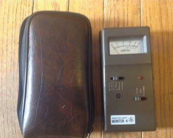 Heathkit radiation alert monitor 4 Geiger counter model RM-4