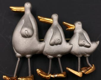 Duck Family Brooch, Trembling Movable Legs, En Tremblant, Quacking Duck Pin, Cute Duck Pin