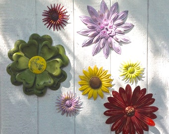 Burst Of Fall Metal Fence Art   7 Pc Metal Flowers   Outdoor/Indoor Metal