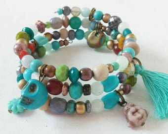 Wire wrapped beaded memory wire bracelet
