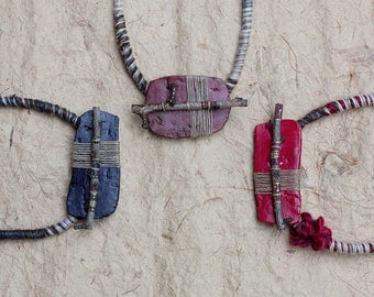 Short tribal necklace, twig necklace, mixed media jewelry, clay necklace, ethnic jewelry, black, brown, red, OOAK