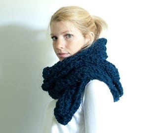 FLASH SALE the HIGHLAND scarf - Lace chunky scarf cowl crochet scarf - navy- wool blend