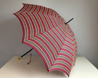 Vintage 1940s Umbrella / 40s Red Tartan Plaid Parasol with Bakelite Handle / Royal Stewart Plaid
