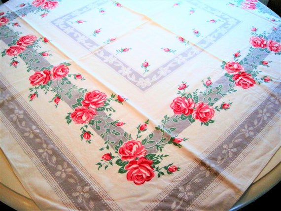 Red Floral Motif Tablecloth - 50's Red Pink Colors - Roses Cotton -  48 Inch Square