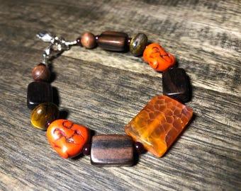 Orange/brown gemstone & wood bracelet