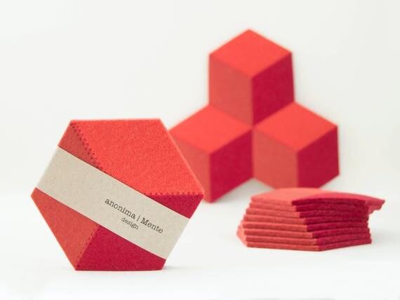 Set of orange felt coasters, geometric, stylish coasters, wool felt, handmade, gift idea, home decor, housewarming gift, made in Italy