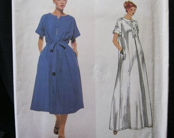 Vogue 1922, size 10, Christian Aujard, Vogue French Boutique, loose fitting pull over dress with inverted pleat, optional tie belt, placket