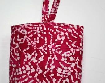 Waterproof, Wipeable and Washable Pink Batik Print Car Trash Bag