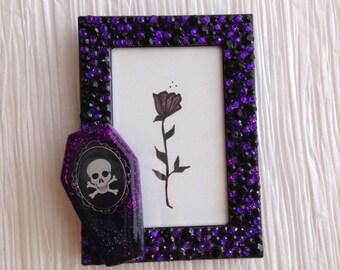 Coffin Mini frame