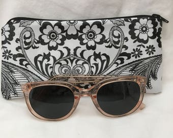 """NEW Black and White Floral and Black Polka Dots Retro 3.5 x 7.5"""" Oilcloth Eyeglass Sunnies Pencil Case Makeup Cosmetic Bag Zipper Pouch"""