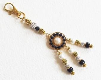 Porte-Clé Bijou de Sac Chic et Elégant - Strass, perles Bohème et Shamballa, métal doré - Bijou créateur, pièce unique