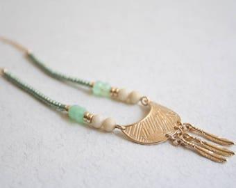 Green Jewelry, Bead Necklace, Boho Jewelry, Bohemian Jewelry, Boho Necklace, Green Necklace, Tribal Jewelry, Gypsy Jewelry, Moon Jewelry